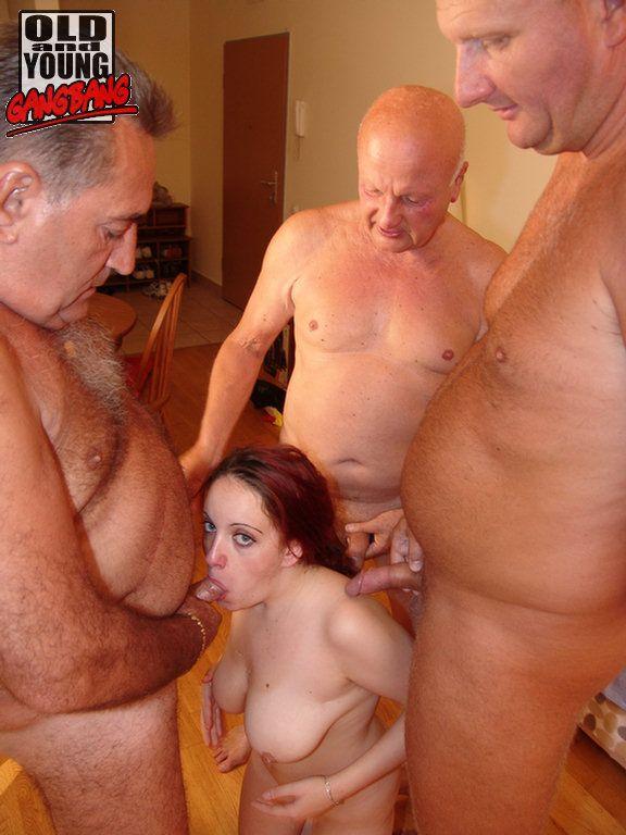 Порно девушки со стариками фото